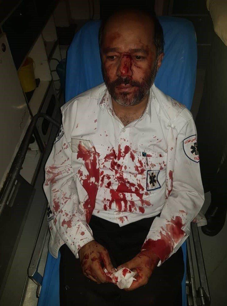 همراهان مصدوم، پرسنل اورژانس را تا حد مرگ کتک زدند/ عکس