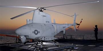 سقوط یک بالگرد نیروی دریایی آمریکا به دریا