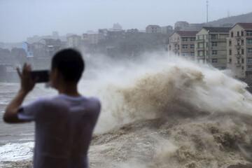 مرگ ۱۱ نفر به دلیل وزش باد شدید و بارش تگرگ / فیلم