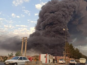 جزییات آتشسوزی مهیب در کارخانه الکل قم / وضعیت بحرانی در منطقه اعلام شد