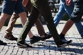 ابتلا به کرونا طرز راه رفتن را هم تغییر میدهد!