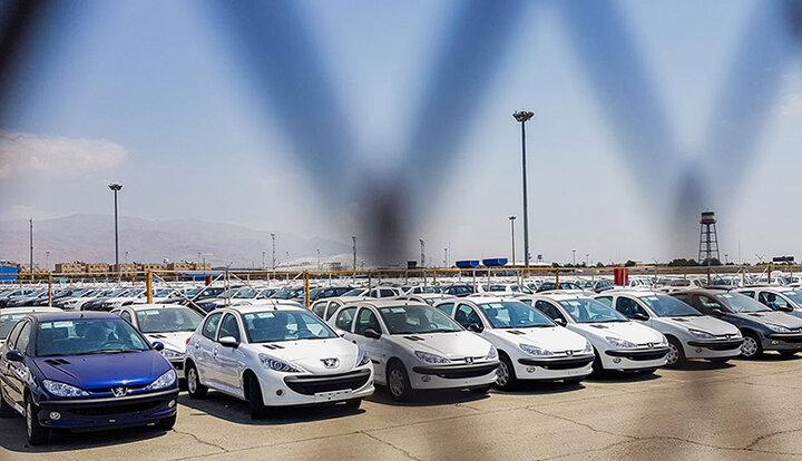 شیب کاهش قیمت خودرو تندتر شد / پراید و پژو چقدر ارزان شدند؟