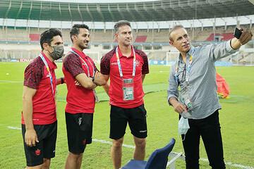 تیمهای قطری در کمین هستند تا چند بازیکن ما را جذب کنند / بازیها باید عادلانه برگزار شود تا قهرمان لیگ هم عادلانه مشخص شود