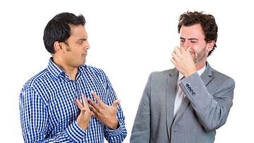 مواد غذایی که موجب افزایش بوی بدن میشوند