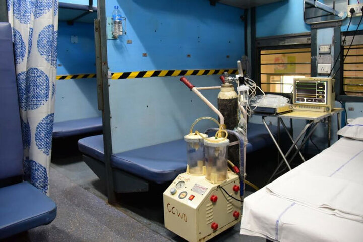 کمبود تخت در بیمارستانهای هند / استفاده از قطار برای درمان بیماران کرونایی / فیلم