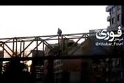 خودکشی دختر جوان یزدی از روی پل هوایی / فیلم