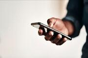 مضرات صحبت کردن طولانی مدت با تلفن همراه / عکس