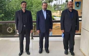 ائتلاف نظامیهای اصولگرا برای فتح پاستور / رئیسی منتظر اذن مقام معظم رهبری است