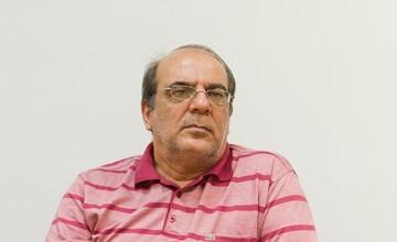 سوالی که عباس عبدی از اصولگرایان پرسید / چند نفر از مامورانی که دنبال روزهخواران هستند، روزه میگیرند؟