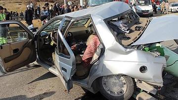 ۷ کشته و زخمی در انحراف پژو پارس در جهرم / عکس
