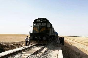 تصادف خونین پراید با قطار در ورامین / عکس