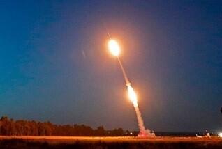 شلیک ۱۱۰ فروند موشک به سوی اسرائیل