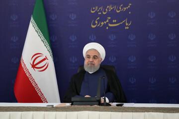 روحانی: آزادید هر چه میخواهید به دولت بگویید | اگر تنوع را از نامزدها بگیرید شکوه و حضور را از انتخابات گرفتید/ فیلم