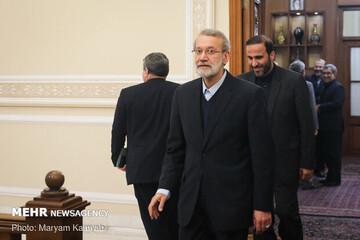 گفتوگوی انتخاباتی لاریجانی با آیات عظام صافی گلپایگانی و نوری همدانی