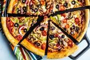 آموزش پخت پیتزای سبزیجات در خانه