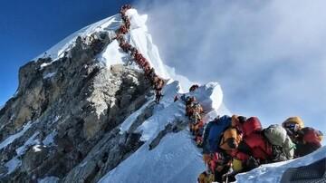 چین مجوزهای صعود به اورست را به علت شیوع کرونا لغو کرد
