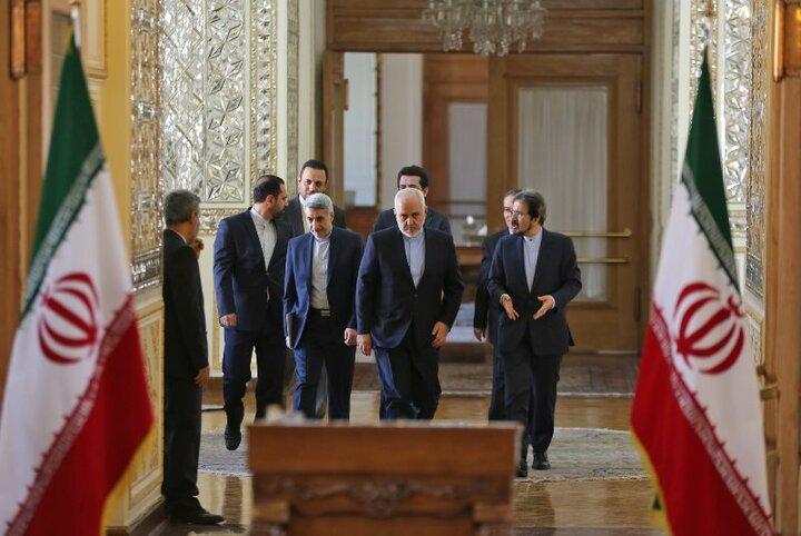 چرا سفر محمدجواد ظریف به اتریش لغو شد؟