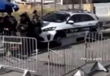 زیر گرفتن مامور پلیس در خیابان عبدالمطلب مشهد با خودروی پیکی / فیلم
