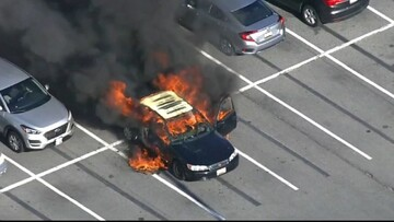 مواد ضدعفونی کننده دست راننده سیگاری را آتش زد / فیلم