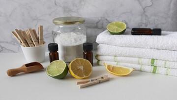 چند روش طبیعی برای کاهش بوی بد عرق