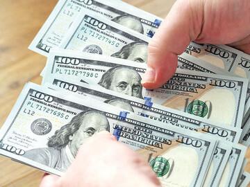 انتظارات دوگانه در بازار ارز؛ مسیر معاملهگران بازار ارز تغییر کرد