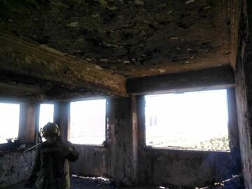 تصاویری از آتش سوزی در برج ۱۰ طبقه غرب تهران