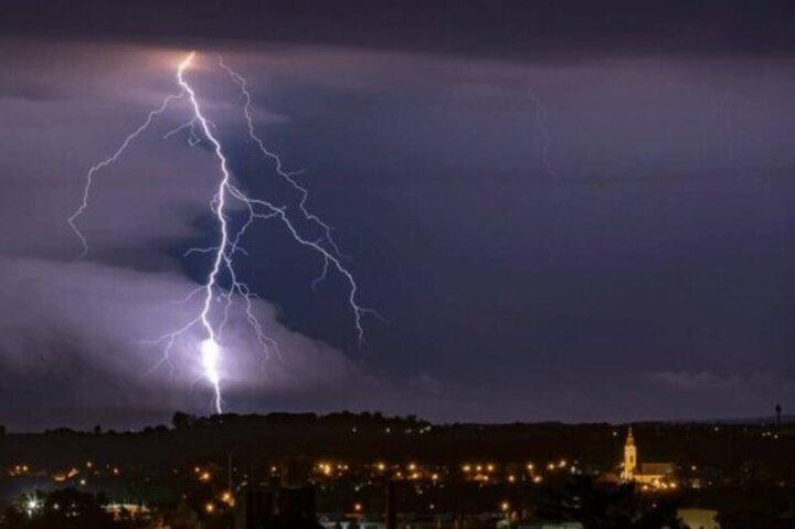 گزارش آب و هوا ۲۸ اردیبهشت ۱۴۰۰ / هشدار هوشناسی به ۱۵ استان کشور
