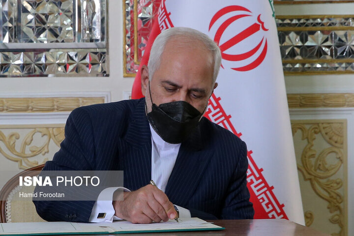 توییت ظریف درباره دیدارش با مقامات ایتالیایی