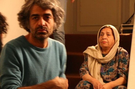 تصاویری از بابک خرمدین و مادرش در یک فیلم