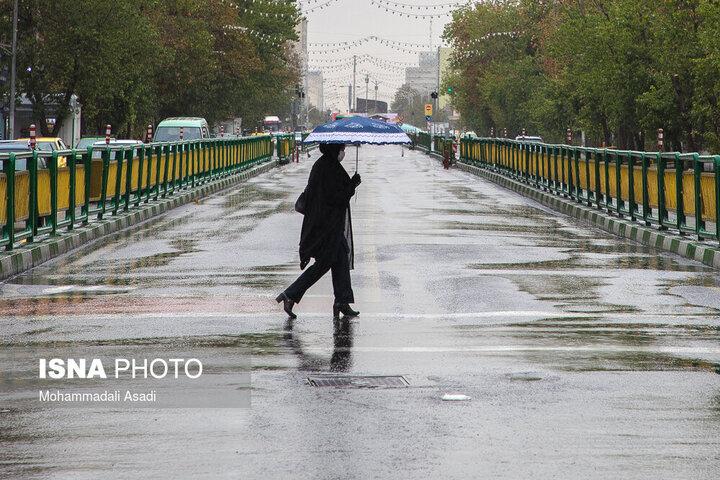 گزارش آب و هوا ۳۰ اردیبهشت ۱۴۰۰ / در کدام مناطق ایران باران میبارد؟
