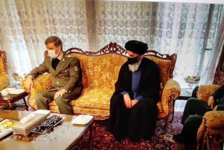 حضور وزیر دفاع در منزل مرحوم اکبر ترکان