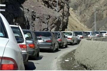 یکطرفه شدن جاده چالوس به دلیل ترافیک شدید