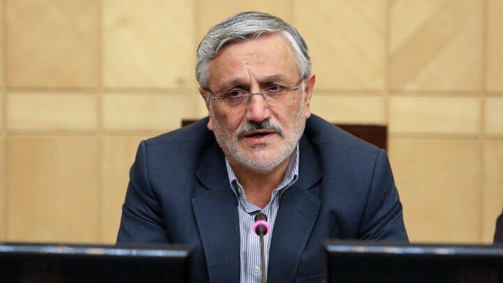 جناح اصولگرا خیالش از تایید صلاحیت نامزدهایش راحت است / احتمال ائتلاف اصلاحطلبان با لاریجانی بعید است