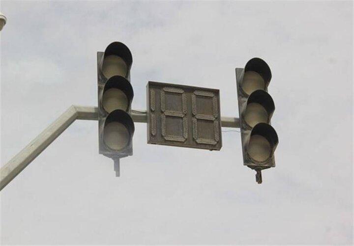 اقدام جالب یک شهروند یزدی در هنگام قطع شدن برق / فیلم
