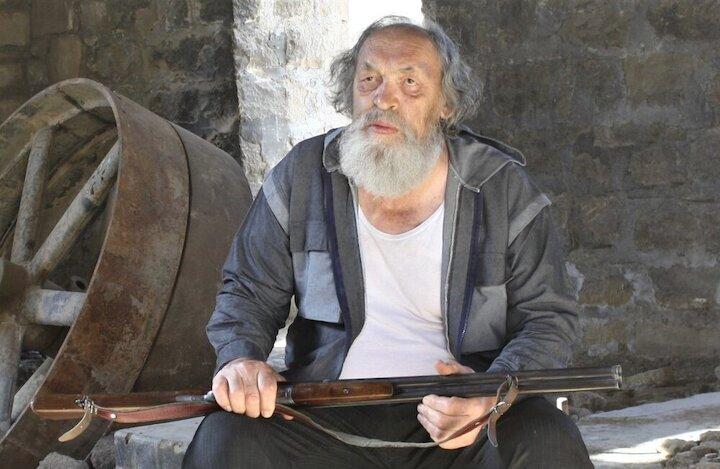 اکران «مراسم تدفین کلاغها» در سینماهای هنروتجربه