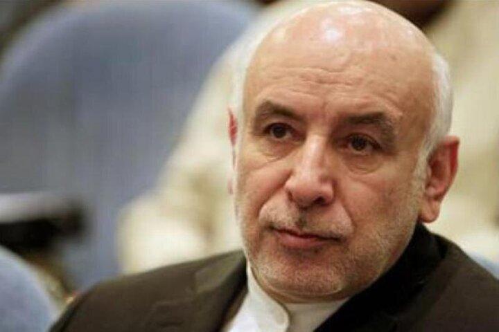 مشاور عالی وزیر بهداشت برکنار شد