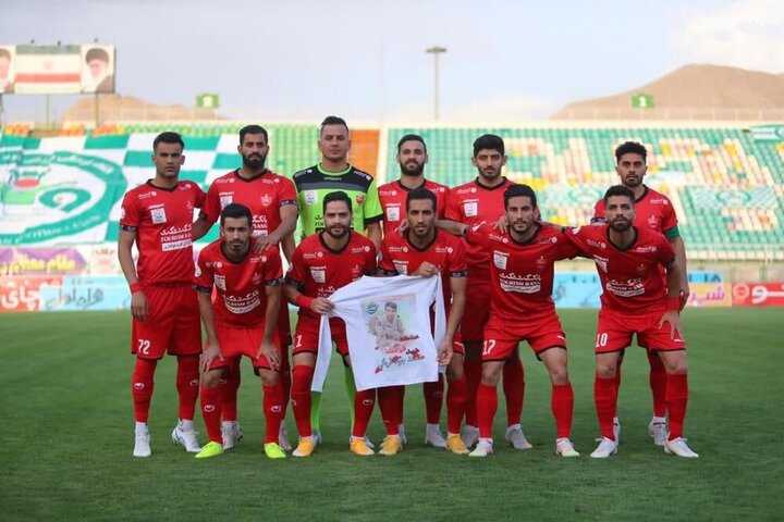 پیروزی شاگردان گل محمدی در اصفهان / ذوب آهن ۱ - ۲ پرسپولیس