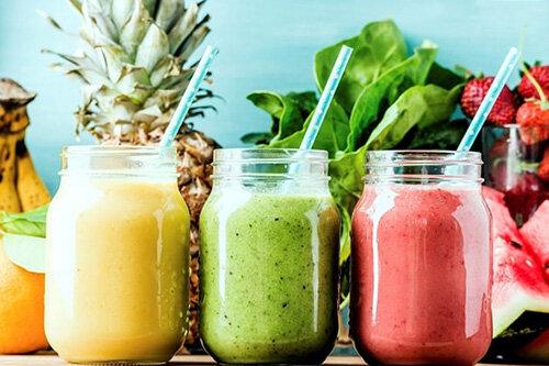 پنج تا از بهترین نوشیدنیها برای کمک به کاهش وزن