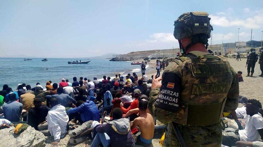 وزیر امور خارجه مغرب تهدید به «قطع روابط» با اسپانیا کرد