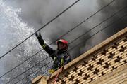 ادامه آتش سوزی در انبار الکل اهواز /  افزایش تعداد آتش نشانان مصدوم