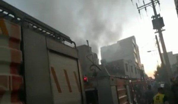 فیلمی از آتشسوزی گسترده در انبار الکل اهواز