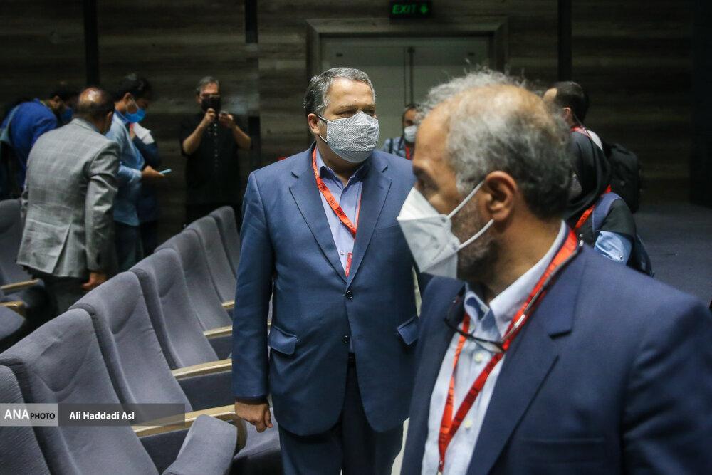 علیرضا تابش در نخستین روز از سی و هشتمین جشنواره جهانی فیلم فجر