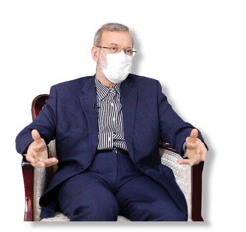 لاریجانی: عدهای به نام انقلاب مردم را تجزیه میکنند