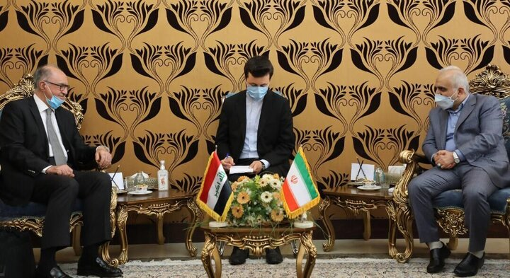 بررسی نحوه پرداخت بدهیهای عراق به ایران