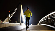 آیا انجام حرکات ورزشی در شب مفید است؟