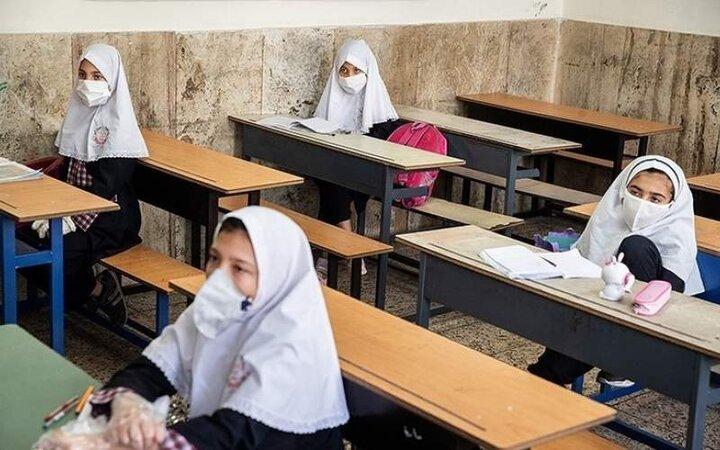 ثبتنام دانش آموزان میان پایه خودکار انجام میشود