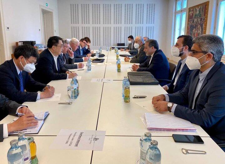 نشست هیات مذاکرهکننده ایرانی با روسیه، چین و سه کشور اروپایی