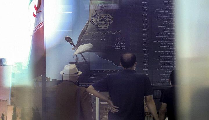 پیشبینی بورس برای فردا سه شنبه ۱۱ خرداد ۱۴۰۰