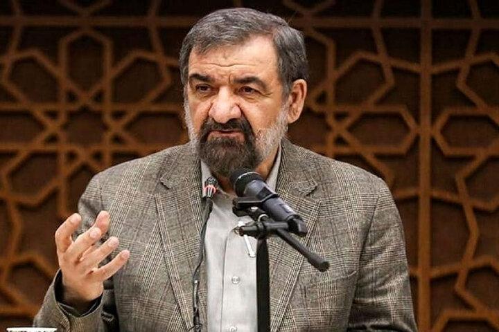 محسن رضایی: آیا آقای رییسی را هم میتوانید تهدید کنید؟