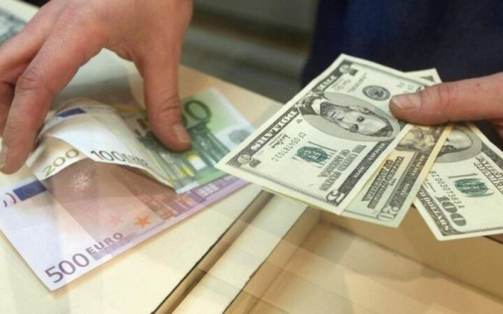 قیمت دلار و یورو ۱۱ خرداد ۱۴۰۰ / جدول